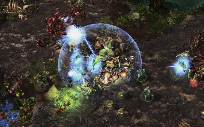Alphastar suutis seljatada mitmeid elukutselisi StarCrafti mängijaid.