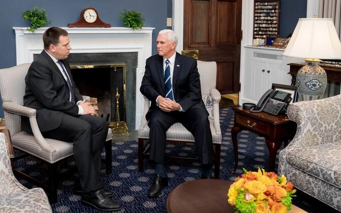 Prime Minister Jüri Ratas (Centre) and U.S. Vice President Mike Pence in Washington.