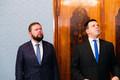 Peaminister Jüri Ratas, uue infotehnoloogia- ja väliskaubandusminister Kaimar Karu president Kersti Kaljulaidi juures.