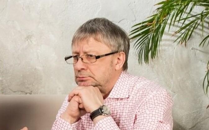 Артур Райдметс во время своей работы на Таллиннском телевидении.