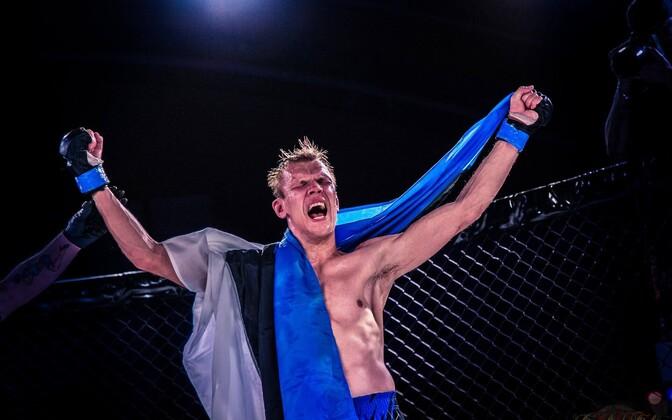 Eesti MMA võitleja Sten Saaremäe