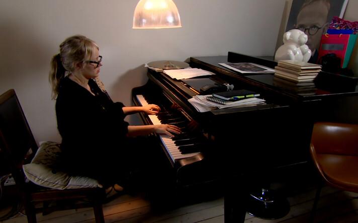 R2TV Ann Reimann
