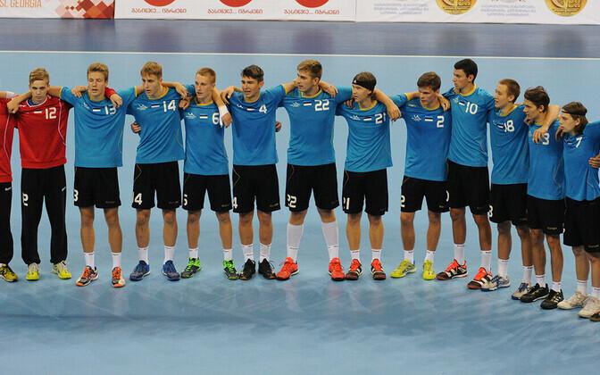 Eesti 2000. aastal ja hiljem sündinute noortekoondis 2018. aasta U-18 EM-il Kreeka-mängu eel. Järgmise aasta juulis kohtutakse sama vastasega U-20 EM-il