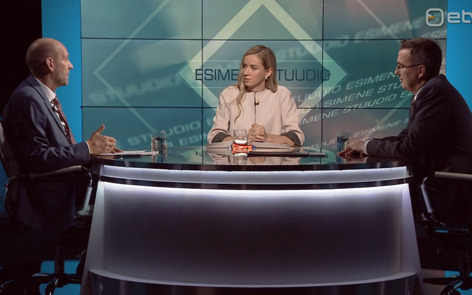 Helir-Valdor Seeder (left) and Andres Sutt, together with presenter Anna Pihl, on Tuesday's Esimene stuudio.