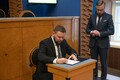 New foreign trade and IT minister Kaimar Karu takes oath of office, starts work.