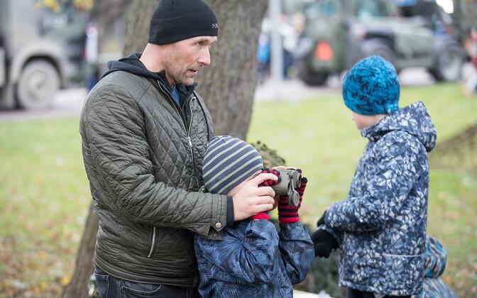 День отца отмечают в Эстонии с 1992 года.