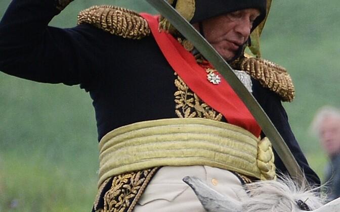Oleg Sokolov Napoleoni kehastamas.