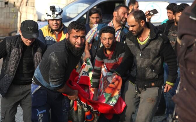 Pärast rünnakut Kafr Ruma külas.