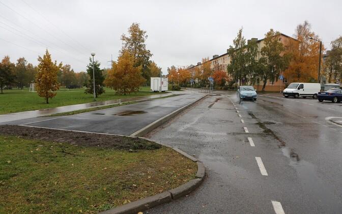 На конечной остановке новой автобусной линии № 66 вскоре будет установлен и павильон ожидания.