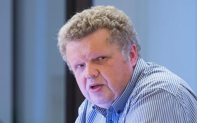 Asekantsler Toomas Kevvai.