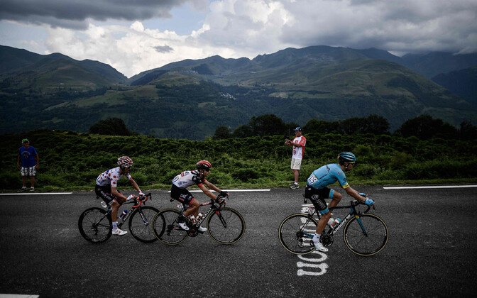 Kristijan Durasek (keskel) Tour de France'il