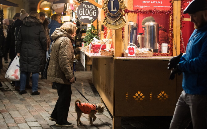 Typical Raekoja plats Christmas market stall in pre-pandemic days.