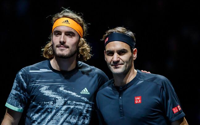 Stefanos Tsitsipas ja Roger Federer