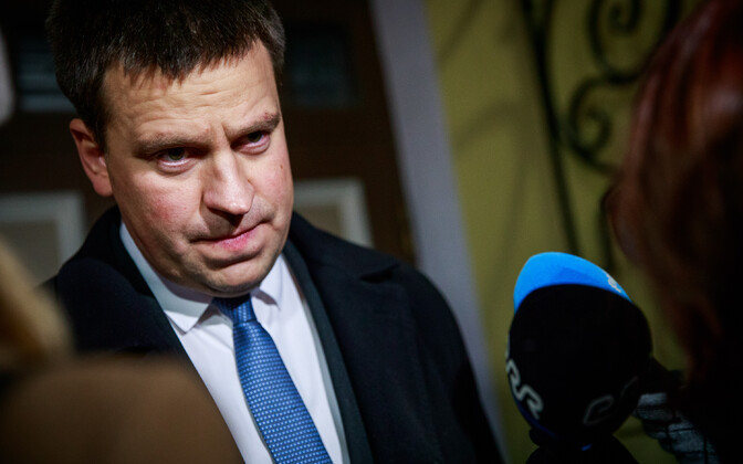 Prime Minister Jüri Ratas talking with media after meeting Minister of Rural Affairs Mart Järvik.