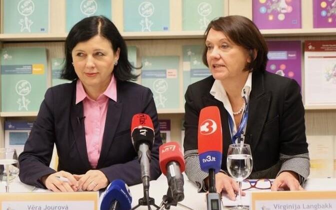 Vera Jourova ja Virginija Langbakk.