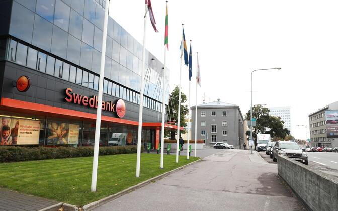 Swedbanki kontor Tallinnas Liivalaia tänaval.