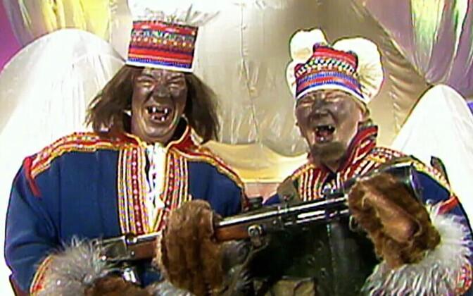 Aake Kalliala (vasakul) ja Pirkka-Pekka Petelius 1980. aastate huumorisaates