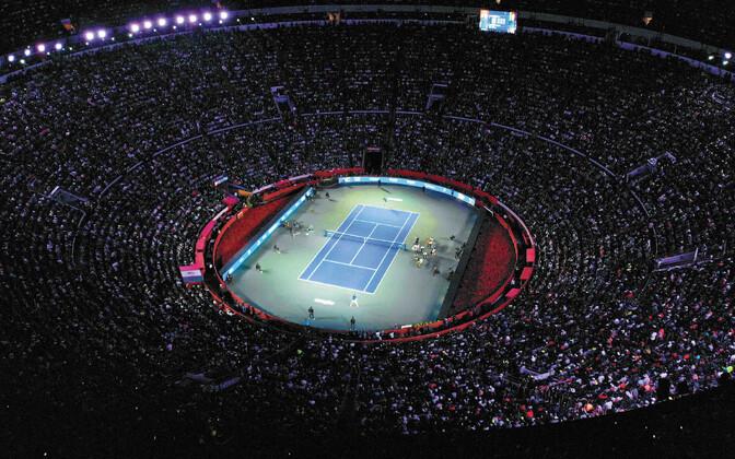 Roger Federeri ja Alexander Zverevi matši vaatasid maailmarekordilised 42 517 inimest.