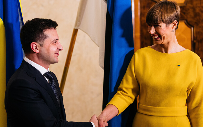 Kersti Kaljulaid and President of Ukraine Volodymyr Zelensky at Kadriorg in 2019.