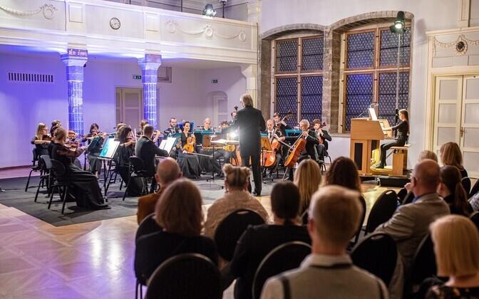 Tallinna Kammerorkestri kontsert Mustpeade maja Valges saalis.