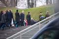 Ukraina president Volodõmõr Zelenskõi asetas pärja  Vabadussõja võidusamba jalamile.