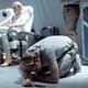 """Von Krahli Teatris esietendub Lauri Lagle lavastus """"Paratamatus elada ühel ajal"""""""