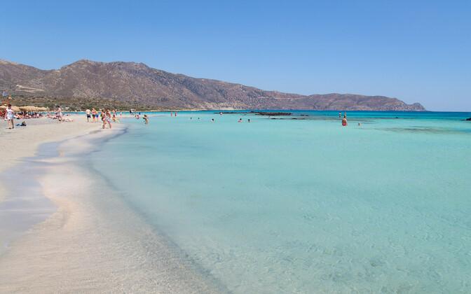Пляже на Крите.