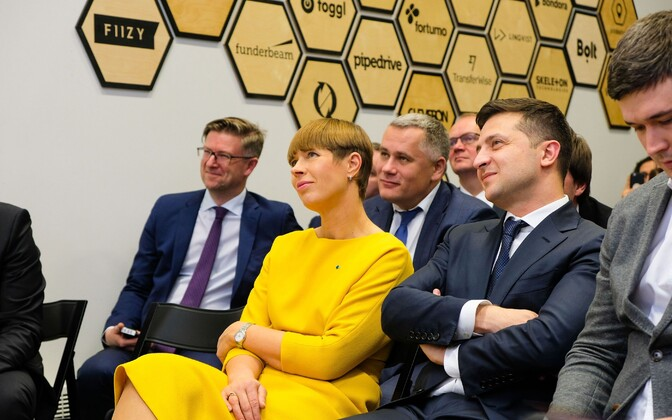 President Kersti Kaljulaid and President of Ukraine Volodymyr Zelensky at the Digital Society Sandbox launch in Tallinn.