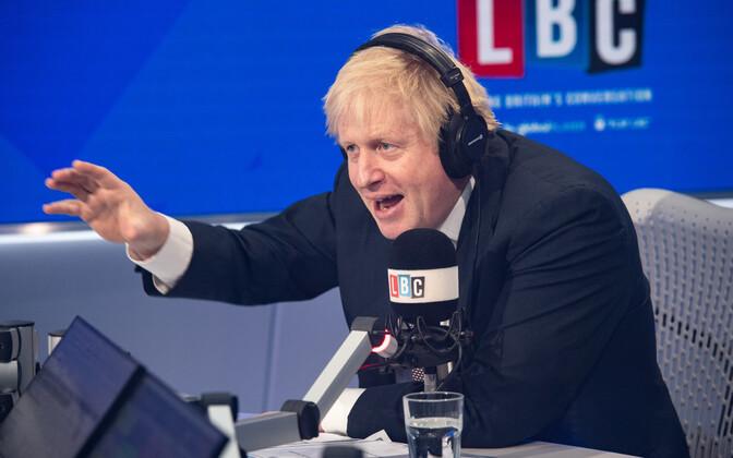 Boris Johnson LBC raadiojaama stuudios.