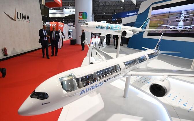 Airbusi lennukite mudelid Dubai lennundusmessil.