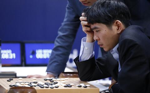 Lee Sedol pärast masinjumalale kaotamist.