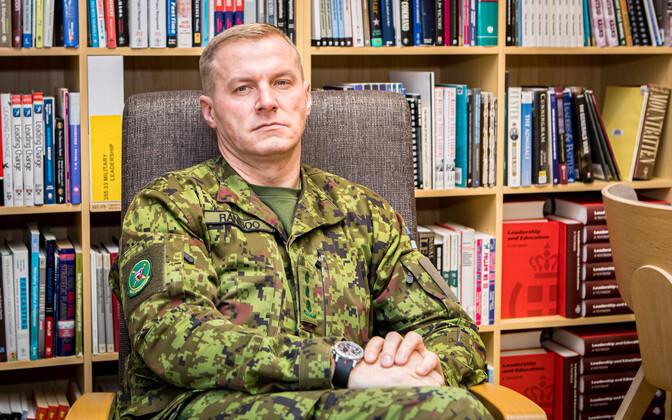 Полковник Тармо Рянисоо уходит в запас.