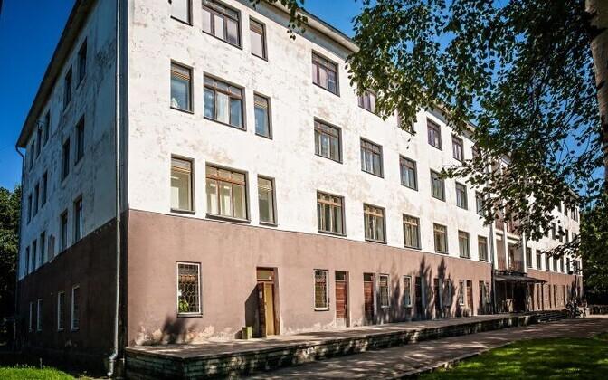 Здание бывшей инфекционной больницы в Нарве.
