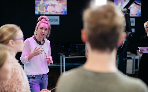 AK toimetaja ja ankur Elo Ellermaa jagas näpunäiteid, kuidas mõjuda ekraanil loomuliku ja sõbralikuna.