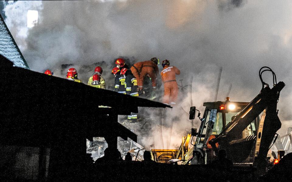 Спасатели на месте происшествия в Польше.