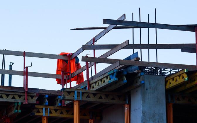 Найти работу можно и в сфере строительства.