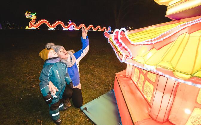 Laternafestival Tallinna lauluväljakul