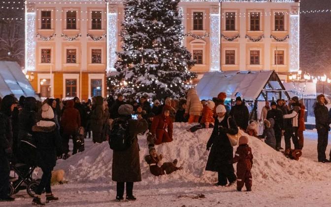Tartu's Christmas Market in Raekoja plats.
