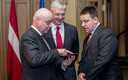 Estonian Prime Minister Jüri Ratas (right) with his Latvian and LIthuanian counterparts in Riga on Friday.