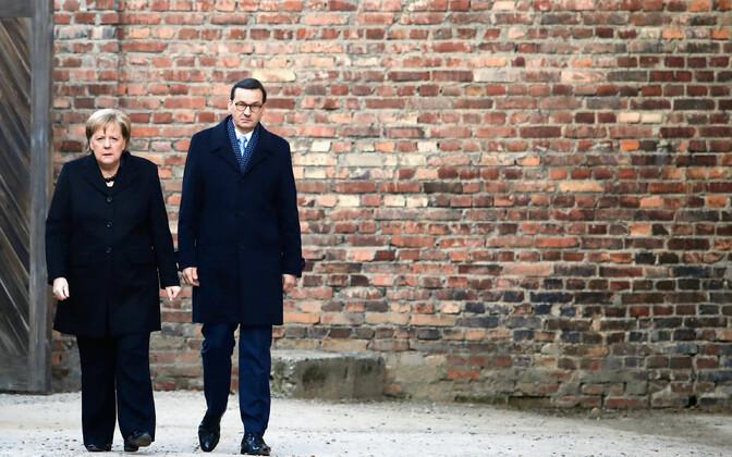 Morawiecki ja Merkel Auschwitz-Birkenau memoriaalis Oswiecimis.