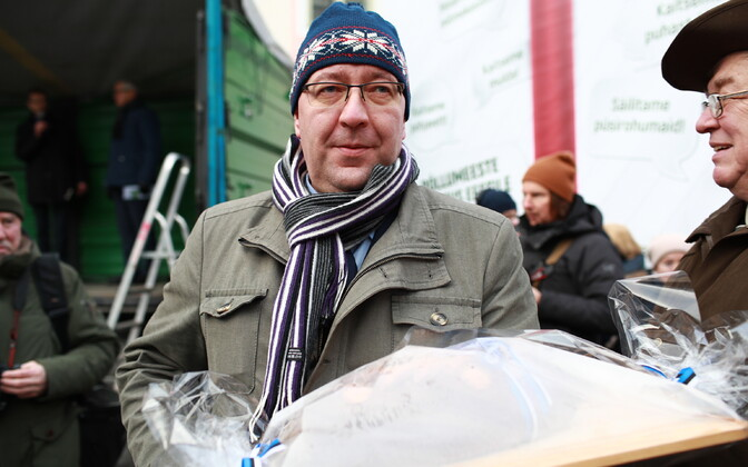 Incoming rural affairs minister Arvo Aller (EKRE) at Wednesday's farmers' protest on Toompea.