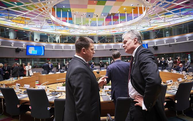 Prime Minister Jüri Ratas (Centre) at the European Council on Thursday. Dec. 12, 2019.