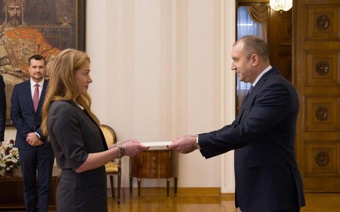 Ingrid Kressel Vinciguerra andis üle volikirja Bulgaaria presidendile Rumen Radevile.