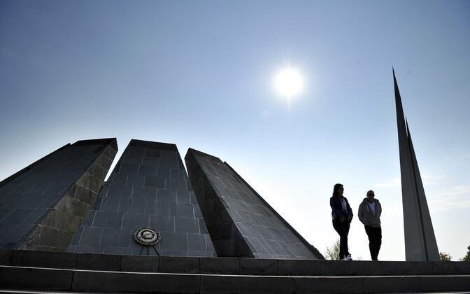 Tapetud armeenlaste mälestusmärk Jerevanis.