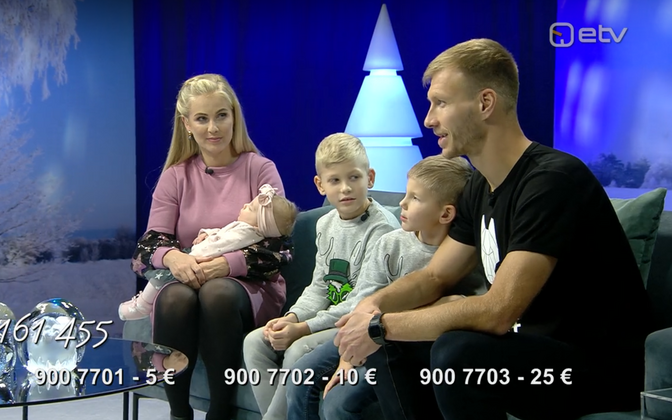 The Klavan family, appearing on Christmas day's Jõulutunnel broadcast.