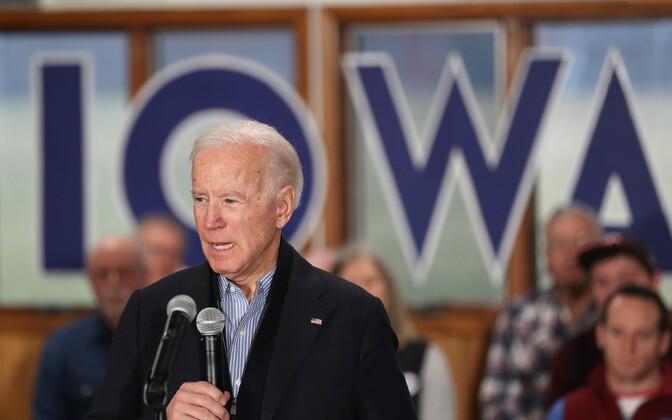 Joe Biden Iowas kampaaniat tegemas.