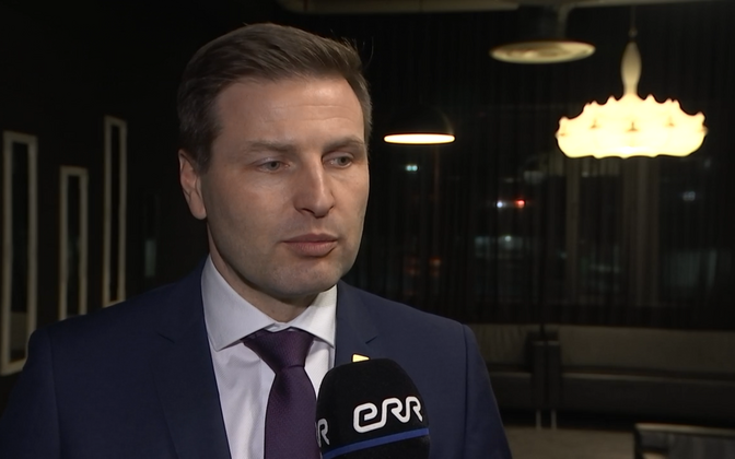 Hanno Pevkur, the Reform Party MP says he oversaw a 2018 pharmacy reform bill whose explanatory notes seem to have been largely copied by EKRE in its recent bill. Reform opposes the EKRE bill, however.