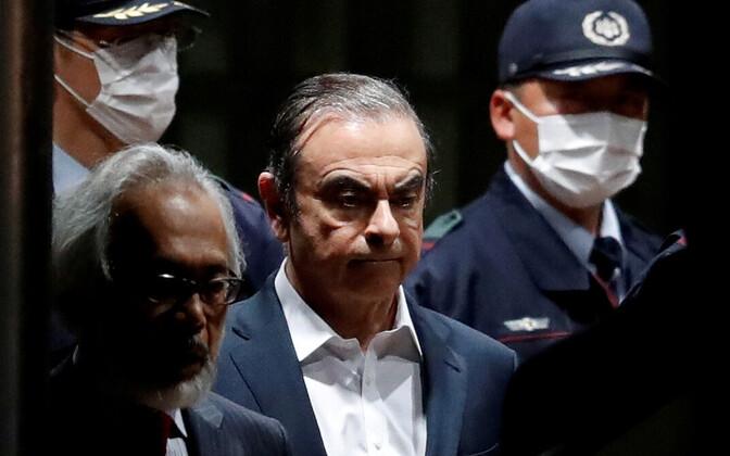 Carlos Ghosn Jaapanis valve all.