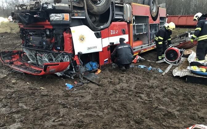 Спасатели попали в аварию 31 декабря 2019 года.
