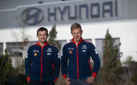 Ott Tänak ja Martin Järveoja Hyundai vormis.